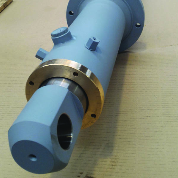 Realizzazione cilindro oleodinamico