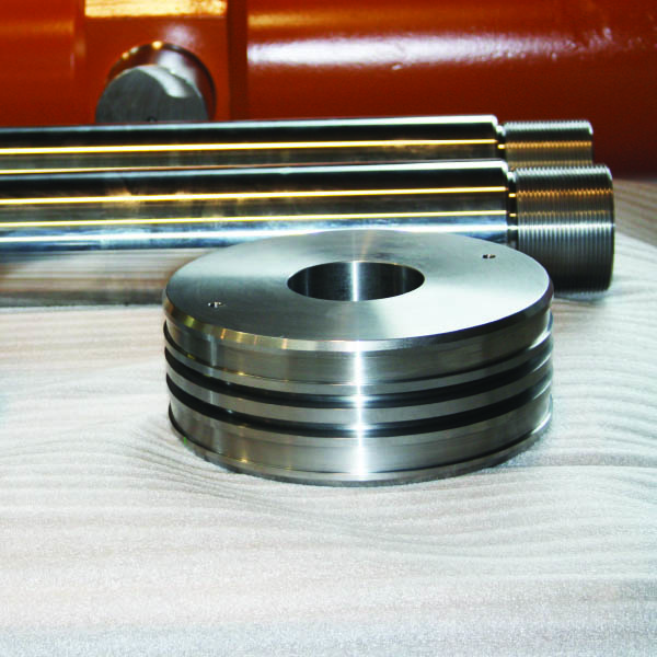 Dettagli realizzazioni per cilindri oleodinamici